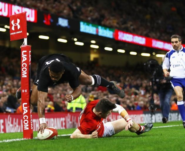 Waisake Naholo touches down for this first spectacular try for the All Blacks. Photo: Getty Images