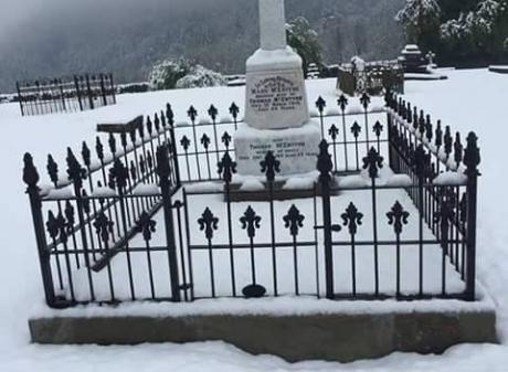 McEntyre grave site - Arrowtown Central Otago