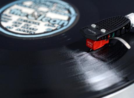 As well as talking about preferring the tone of vinyl over digital songs, participants also liked...