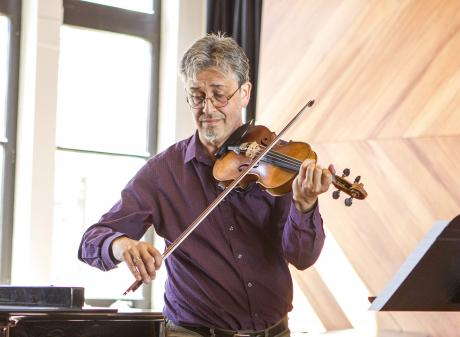 Mark Menzies has been described as a ''riveting violinist''. PHOTO: UNIVERSITY OF CANTERBURY