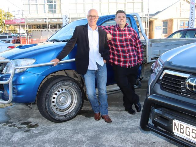 Round up ... Tussock Country Music Festival chairman Jeff Rea (left) and GWD Toyota marketing...