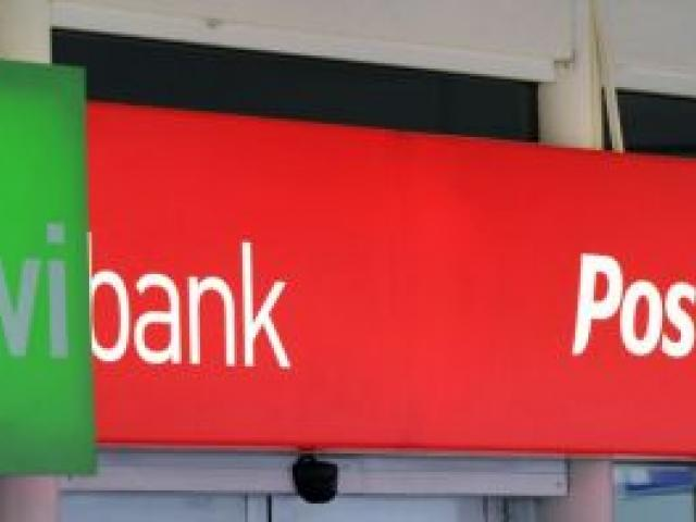 New Zealand Post and Kiwibank profit results differ. Photo by Gerard O'Brien.