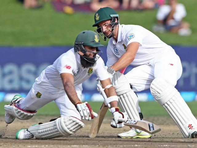 South Africa 'Saved By Rain' On Final Day, Clinch Series 1-0