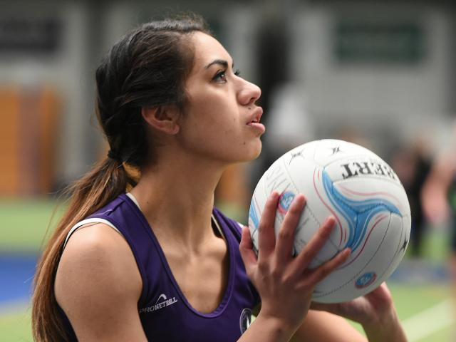 South Pacific player Gianna Leoni looks to move the ball on in a match at the Edgar Centre last Saturday. Photos by Gregor Richardson.
