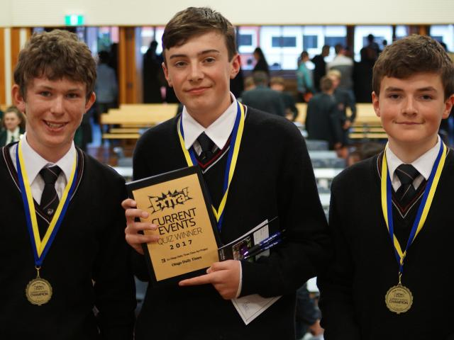 Reigning champion Mt Hutt College retained its quiz  title with a slightly different team, with...