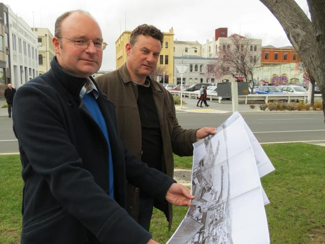 Shoreline revealed . . . Looking over some historic photos of Dunedin's 1865 shoreline, at the...