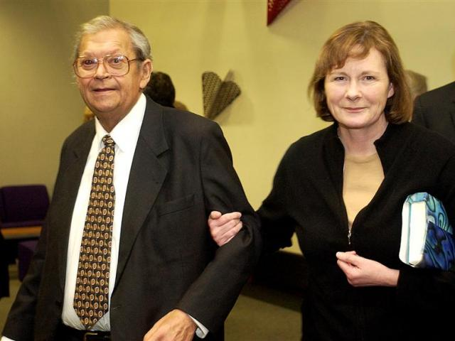 David Lange and Margaret Pope in Dunedin, 2004. Photo by Peter McIntosh.