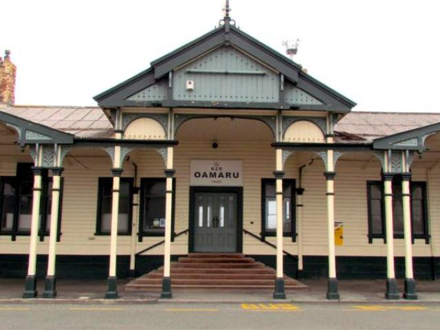 The  Oamaru Railway Station, which was built in 1900. Photos by Andrew Ashton.