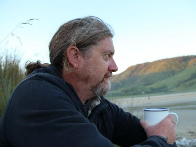 Dunedin stone carver and jeweller Craig McIntosh was named the recipient of the ``Dame Doreen's...