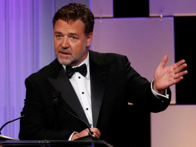 Actor Russell Crowe has been accused of assault by Azealia Banks after he reportedly bear-hugged...
