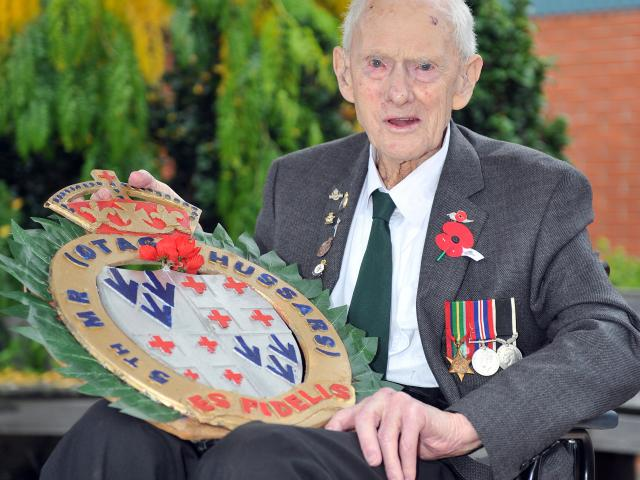 Alan Anderson displays the wreath he made in tribute to his comrades in the Otago Mounted Rifles. Photo: Christine O'Connor