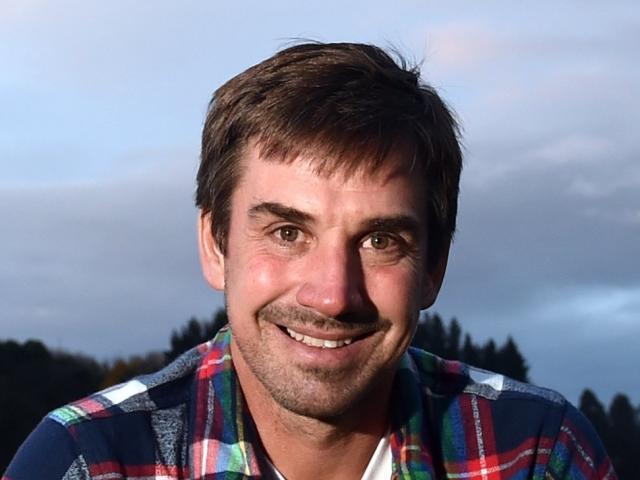Alejandro Pastor.