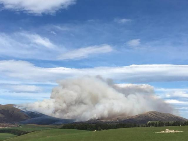 The fire broke out yesterday around Mount Prospect. Photo / Te Anau Volunteer Fire Brigade Facebook