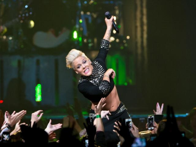 Pink performs. Photo: Getty Images