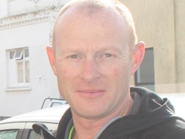 Andrew Graves