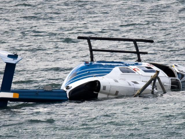 The crashed helicopter was salvaged this afternoon. Photo: NZ Herald
