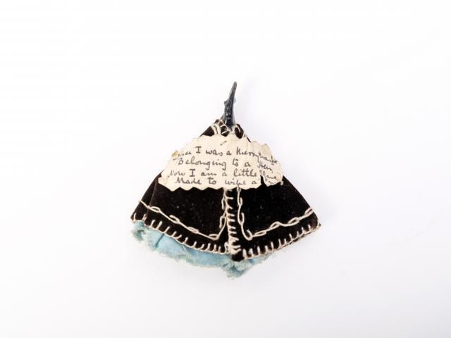 Penwiper. Late 19th to early 20th century. Gift of Helen Moran; Otago Museum Collection. Photos:...
