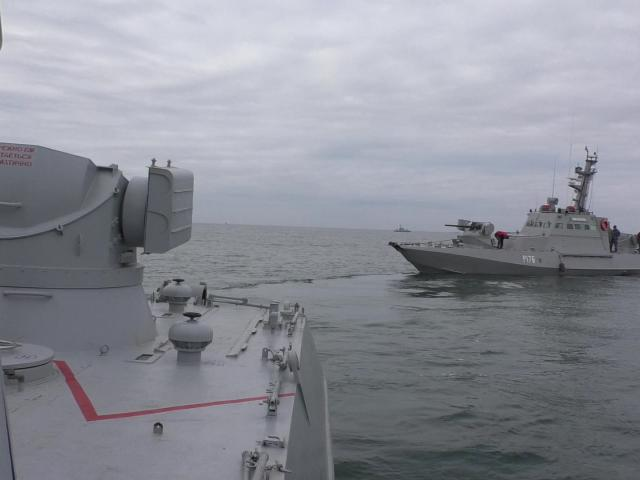 Small armoured artillery ship Nikopol is seen during a drill in Black Sea, Ukraine. Photo:...