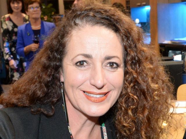 Janine Kapa