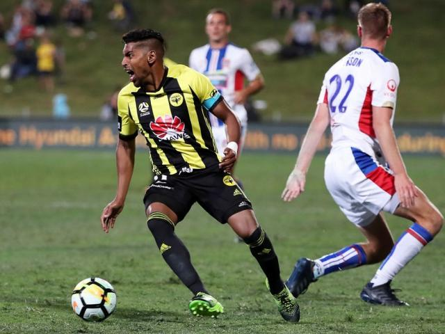 Phoenix captain Roy Krishna with the ball against the Newcastle Jets. Photo: Getty Images