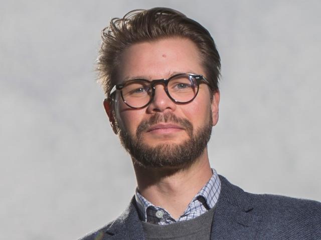 Dennis Wesselbaum.