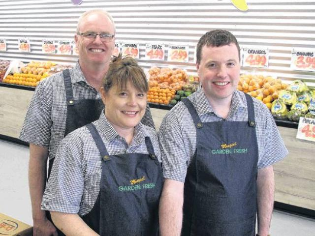 Mosgiel Garden Fresh owners Carl and Tania, and son Jonathan.