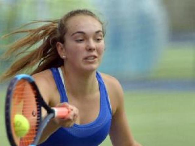 St Margaret's College's Abby Mason added another title to her promising tennis resume with the...