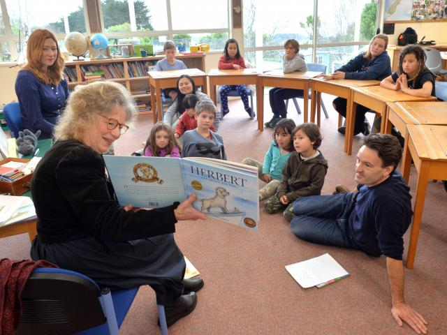 Children's writer-illustrator Robyn Belton reads her book Herbert the Brave Sea Dog to Purakaunui...