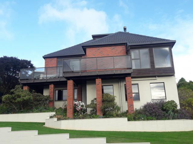 Recently completed retrofit of double glazing and upgraded glass balustrade to a 1980s...