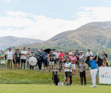 Crowds watch the pros at work during the 2018 NZ Open. Photo: Getty Images