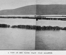 Floodwaters cover the Taieri Plain, near Allanton. — Otago Witness, 29.8.1919.