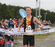 IMG 3552: Daniel Jones of Wellington, wins the 2018 Fresh Choice Kepler Challenge at Te Anau on...