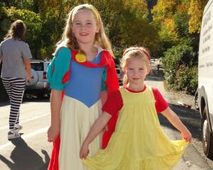 Ashlee Brooks (7) and sister Holly (5), of Arrowtown.