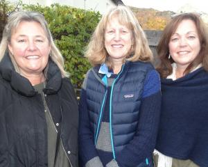 Tina Clarkson, Maria Arhanic and Ali Soper, all of Arrowtown.