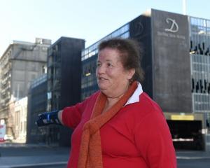 Christine Scott, of Dunedin, describes witnessing a bag snatch near Liverpool St, in Dunedin, yesterday. Photos: Gregor Richardson.