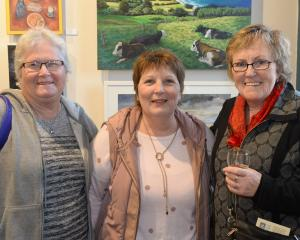 Glenda Kyle, Julie Stewart and Lorna Allan, all of Dunedin.