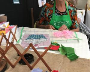 Wakanui WI member Bernice Laird demonstrates craft from yesteryear making rag mats and three-dimensional hook rugs at the Ashburton A&P Show. Photos: Toni Williams