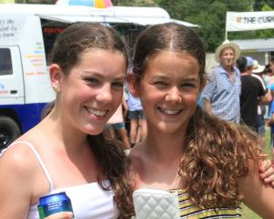 Cousins Kimberley Cabral (14), of Lumsden, and  Crystal Darling (14), of Mosgiel.
