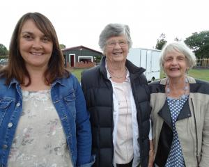 Jacqui McLay, Carol Selfe and Marlene McKerrow, of Oamaru.