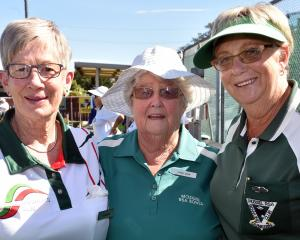 Lorraine Pape, of Fairfield, Jenny Bain and Siane Dore, both of Mosgiel