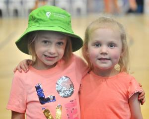 Cousins Lucy Isbister (5) and Tilly Maxwell (4), of Dunedin.
