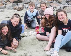 Eden Davison (12), Zavannah Fraser (12), Lincoln Davison (10), Kiana Goodsir (9), Taylah Keen (12...
