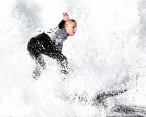 Dunedin surfer Tessa Gabbott competes in the under-14 girls final on Sunday. PHOTOS: PETER MCINTOSH