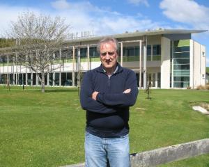 AgResearch Invermay scientist John McEwan. Photo by Neal Wallace.