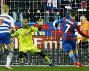 Crystal Palace's Yohan Cabaye scores their first goal from the penalty spot. Photo: Reuters