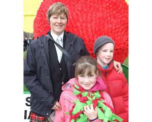 Debbie Larkins, with Lucy (7) and Rebecca Shirley (10), of Invercargill.