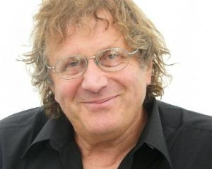 Dr Stephen Goldson