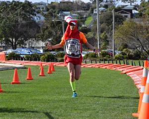 Josh Baan wins the quarter marathon. Photo by Wayne Parsons.