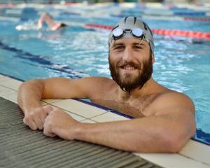 Olympian Andrew McMillan at Moana Pool. Photo by Gerard O'Brien.