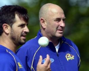 Ryan ten Doeschate, left, and coach Vaughn Johnson of the Otago Volts training at the University...